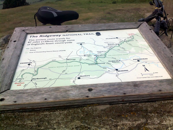 The Ridgeway, map at Ivinghoe beacon